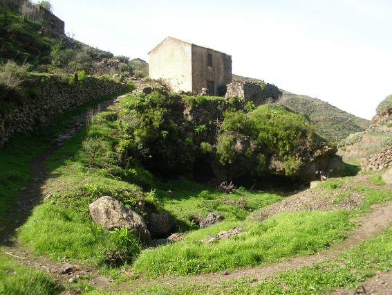 Preciosa foto del molino de agua de El Tablado